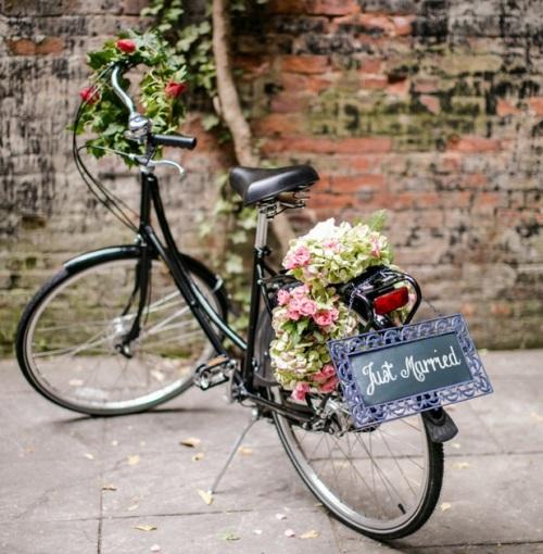 A2. BRUILOFT INSPIRATIE. brooklyn chic. fiets trouwvervoer