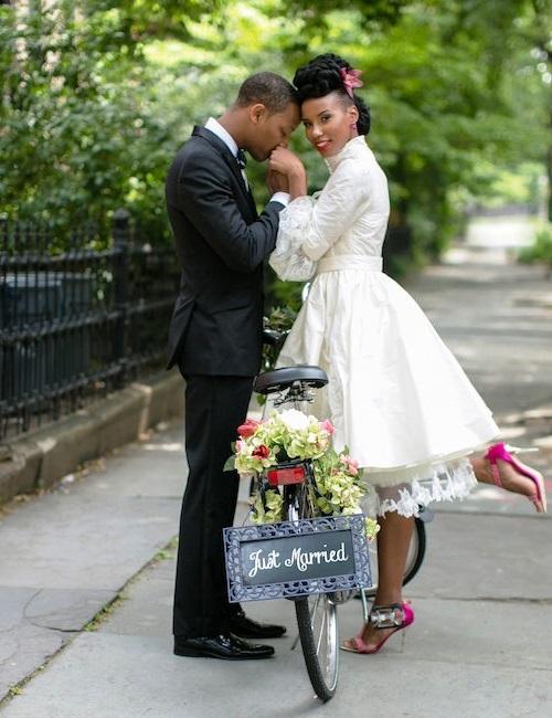 ***CREDITS*** Deze styled weddingshoot is gefotografeerd door Petronella Photography www.burnettsboards.com