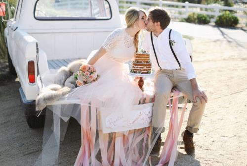***CREDITS*** Deze styled weddingshoot is gefotografeerd door Allie Lindsey Photography www.theeverylastdetail.com