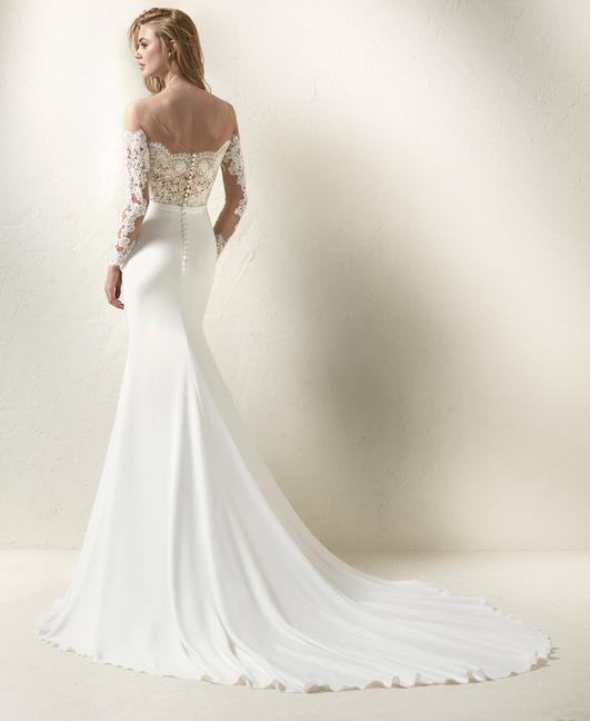 Trouwjurk Dracma By Pronovias Weddingfair